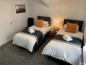 Twin Room with en-suite Rm 3